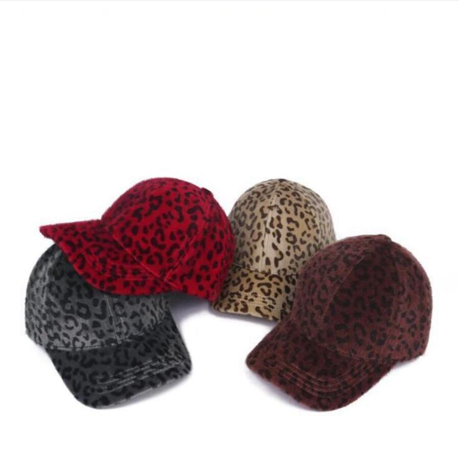 Leopar Baskı Beyzbol Şapkası Ajustable Erkekler Kadınlar Feuded Kapaklar Kış Sıcak Açık Sokak Hip Hop Parti Şapka LJJP832