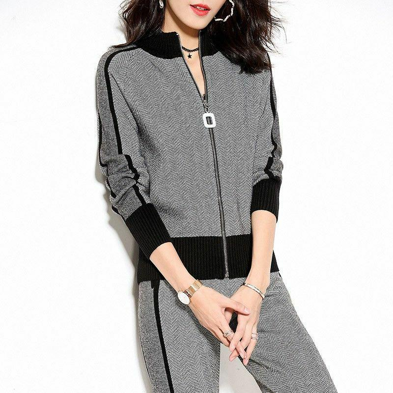 Women's Tracksuits CNY 2021 Women Clothing Set Casual Body Suits Cardigan Pants Outfits Winter Plaid Two Pieces Woman Knitted