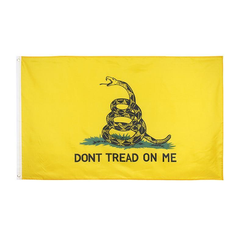 90 * 150CM GADSDEN Flag لا فقي على لي البوليستر الأفعى الأصفر الولايات المتحدة الأمريكية أعلام عامة الرئاسية مجانا دي إتش إل