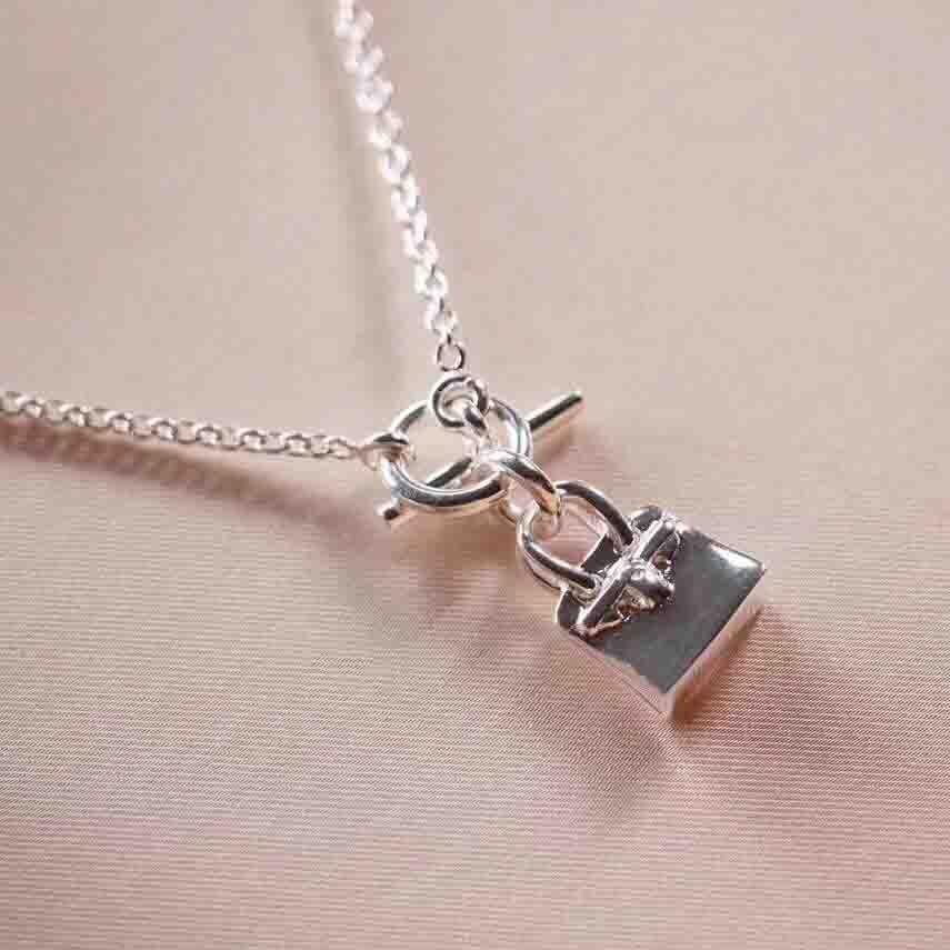 S925 Silver Lujosa Calidad Almohadilla Colgante Collar Collar OL Cierre Para Mujeres Regalo De Cumpleaños Con Caja PS8058