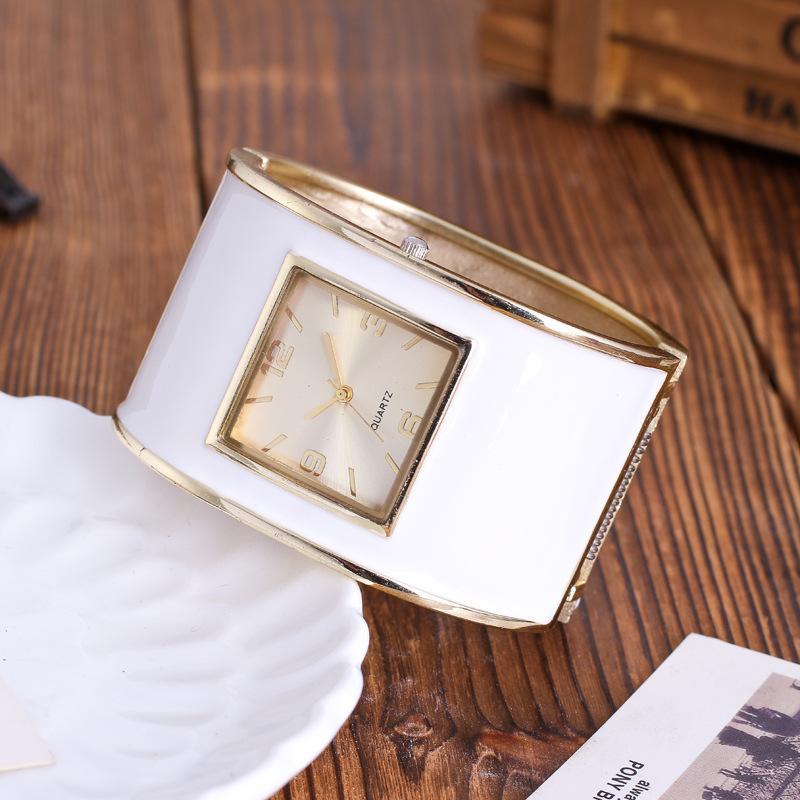 Moda Womens Pulseira Relógios Senhoras Vestido Relógios Quartzo Relógios De Pulso Geléia Relogio Feminino Quadrado Relógio Presentes J1205