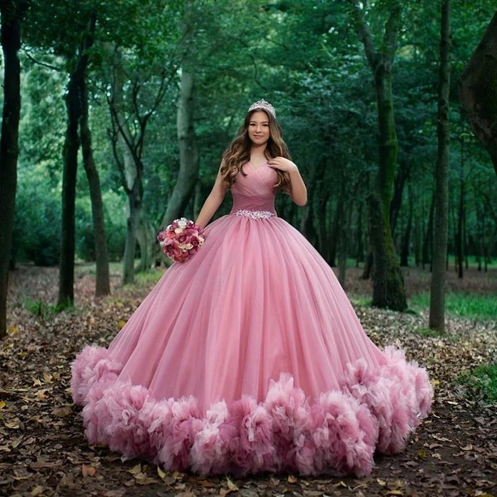 Süße 16 Rosa Quinceanera Kleider 2021 Sexy Sweetheart Rüschen Tüll Prinzessin Ballkleid Arabisch Plus Größe Formale Abend Party Kleid AL7882