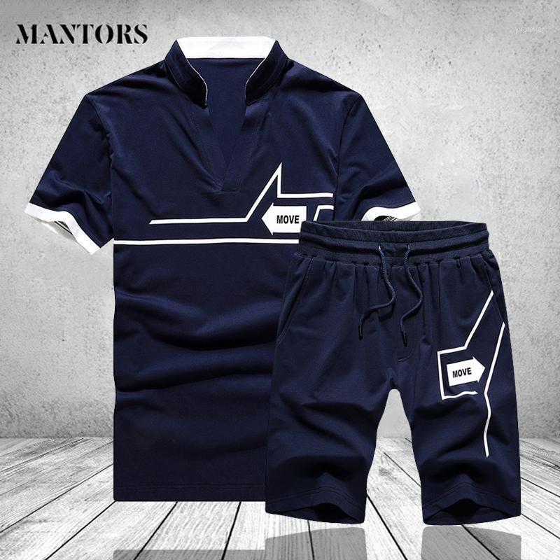 Tuta da uomo Impostare gli abiti estivi Summer Abiti Due pezzi Set Set T-shirt maschile Pantaloncini Tuta Trainsuit Mens Tempo libero Fitness Joggers SportSwear1