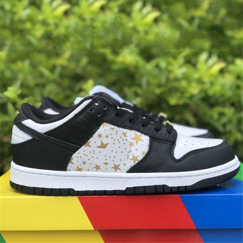 Super Star Low Skateboard Shoes Futura X World Famous. الأزرق الأحمر البرتقالي النجوم السوداء النساء أحذية الرجال واضحة البقع السوداء النساء أحذية رياضية