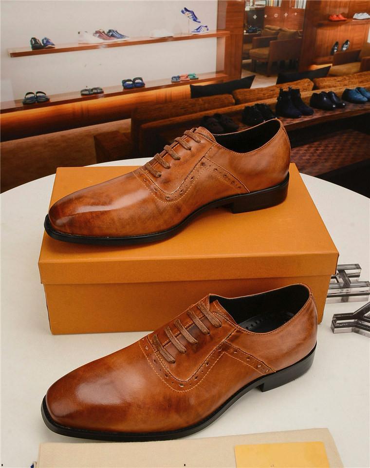 Designer 18SS indicizzato punta mens scarpe da uomo in vera pelle scarpe da sposa in pelle stampa floreale uomo appartamenti ufficio matrimonio festa scarpe formali