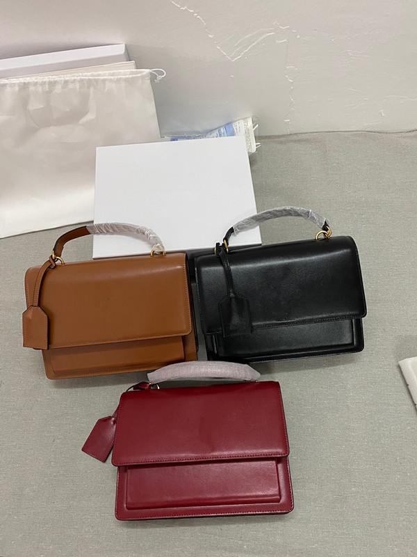 Venta de la cadena Bolsa de diseño de estilo caliente Cadena de mano 2021 Cuero Último bolso de moda Fábrica de Navidad gratis Fábrica Diagonal Hombro Regalo HPIDG