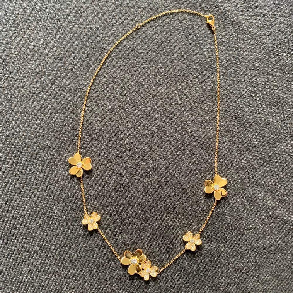 Marke Pure 925 Sterling Silber Schmuck Für Frauen Gold Farbe Neckalce Blume Anhänger Glücksklee Sakura Hochzeit Halskette Z1126