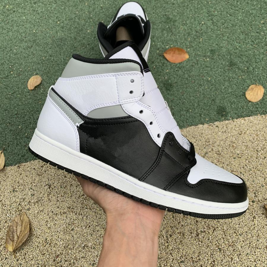 Kutu Jumpman 1 Orta Siyah Beyaz UNC Büküm Travis Scotts Koyu Mocha Donanma 1 S Erkek Basketbol Ayakkabı Kadın Spor Sneakers Eğitmenler 554724-07