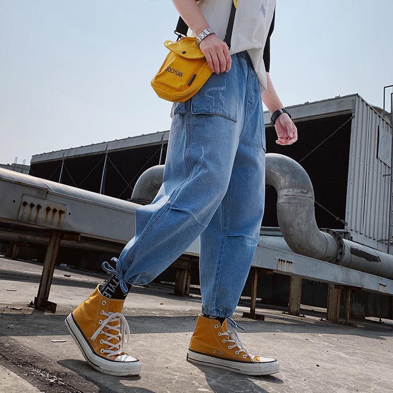 2020 Весна и Лето Новые Молодежные Популярные Мужские Корейский Луч Ноги Джинсы Мода Повседневная Свободные Гарема Брюки Синий / Грей