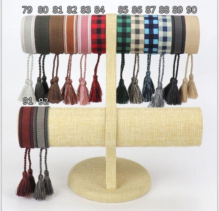 2021 Neueste Baumwoll-Gewebe-Buchstaben Stickerei Tassel Armreif Lace-up Armband Verstellbare Festival Armbänder Geflochtene Hand Seil Paar Geschenke
