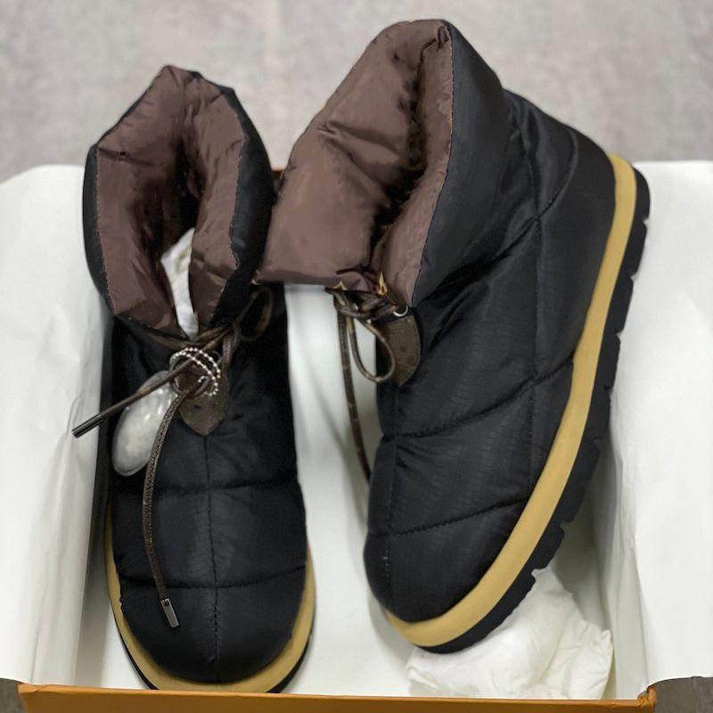 Travesseiro de luxo para baixo sapatos mulheres liso tornozelo botas macio luz de inverno de inverno de inverno lace-up botas de neve melhor qualidade com caixa 265