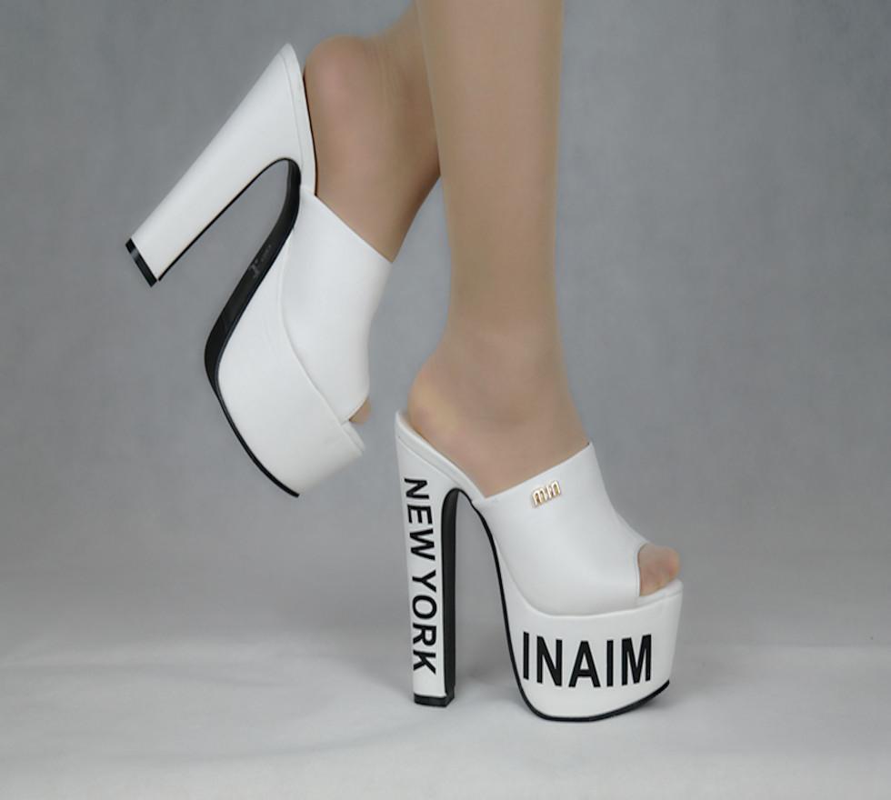 China 2020 La moda negra Peep Toe con los zapatos gruesos verá los tacones altos Sandalias de las mujeres de la plataforma de 15cm