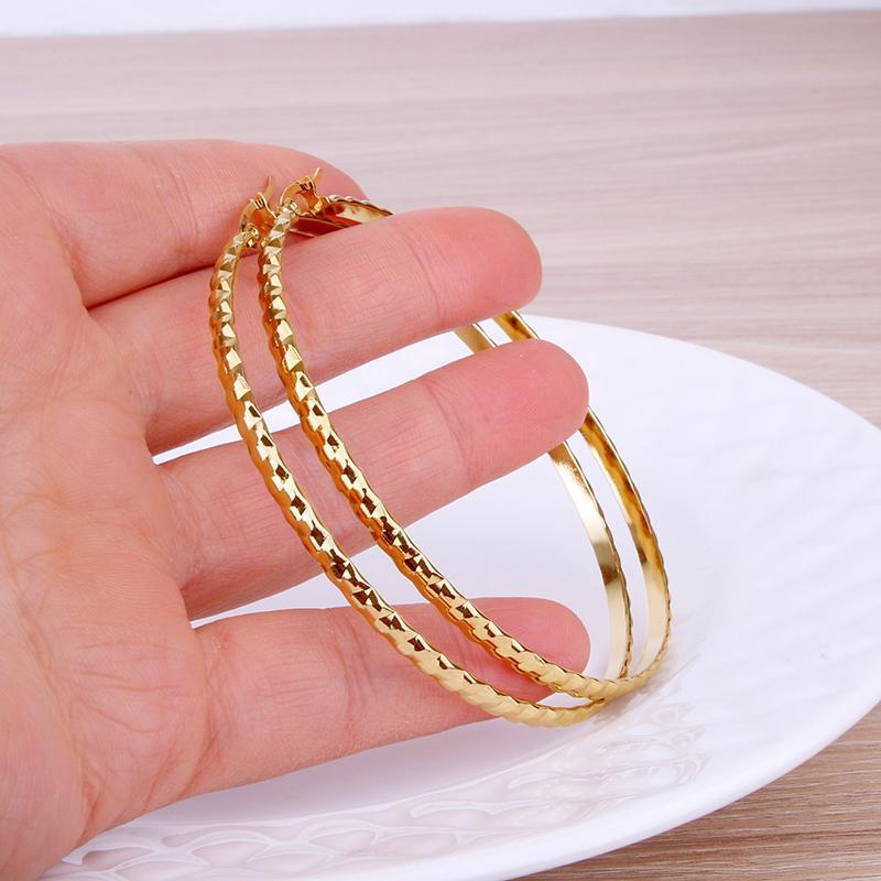 Boucle d'oreille en acier inoxydable de couleur d'or