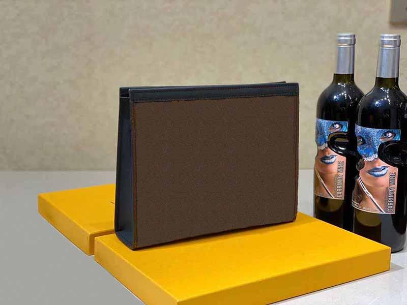 Clutch sacos de Higiene Pessoal Bolsa Bolsas Bolsas Homens Carteiras Mulheres Handbag Bolsa de Ombro Cartão de Carteiras Titular Moda Carteira Chaveiro Pouch