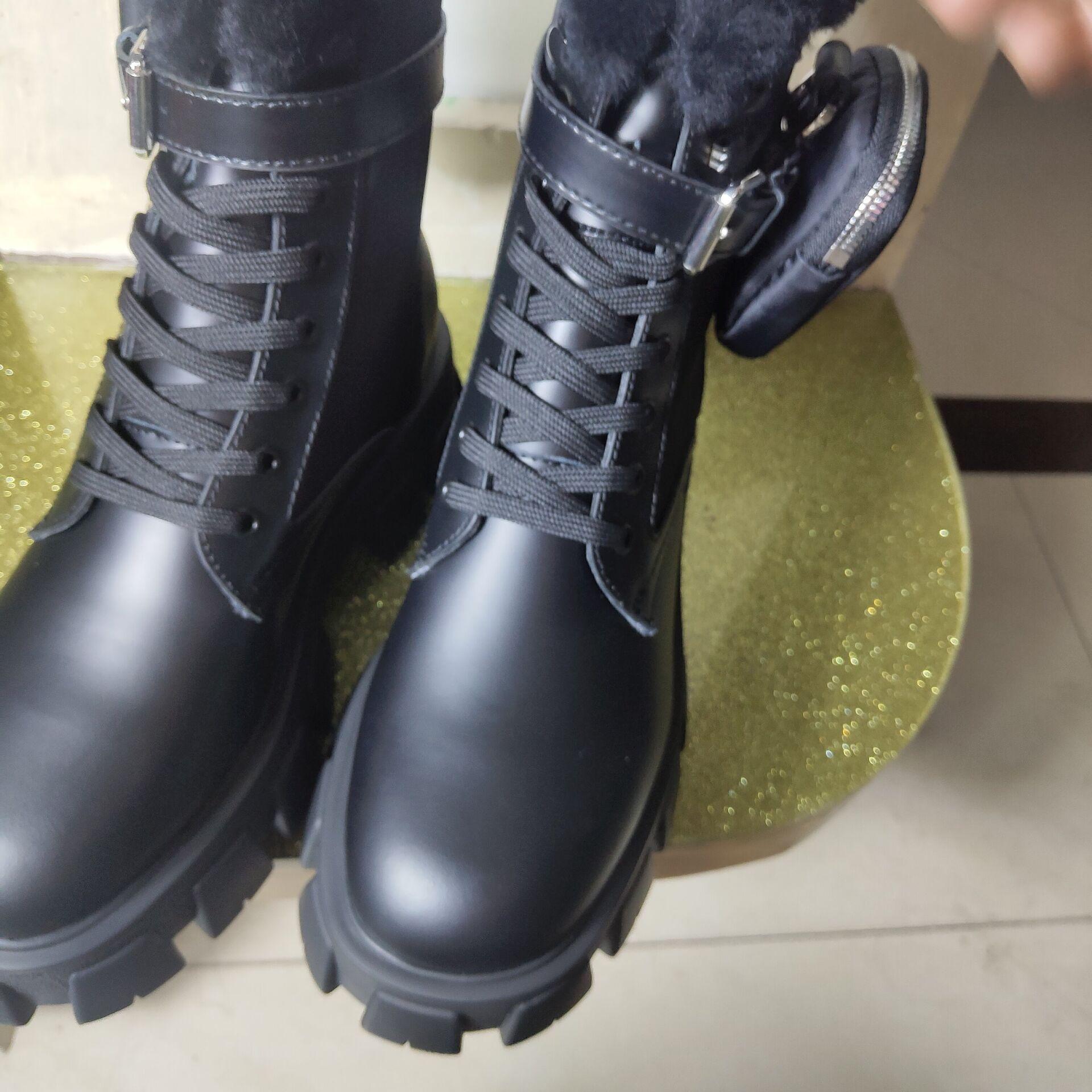 Zapatos romanos de estilo europeo clásico, lentes, botas de Martin de cuero reales, botas de motocicleta, botas sexy de goma decorativas completas