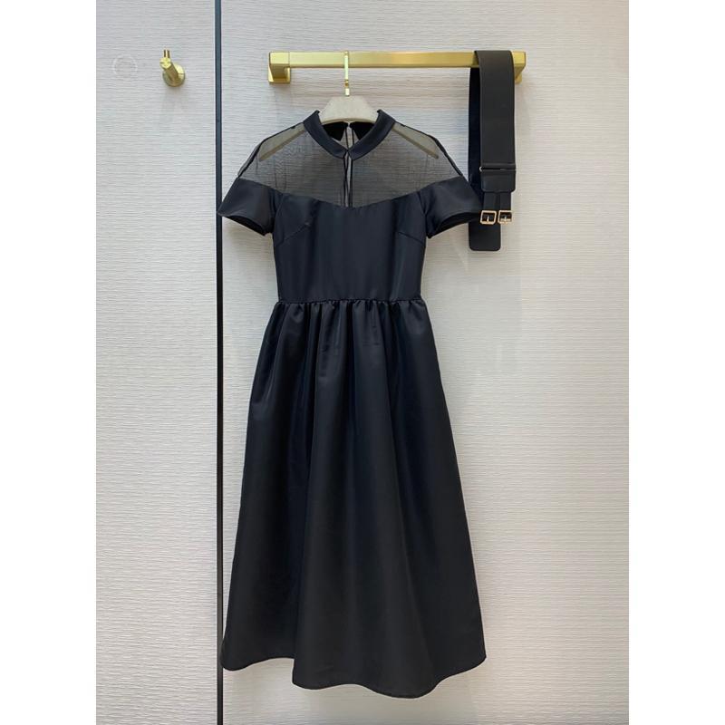 Повседневные платья 10.29 высококачественный стиль модного платья женщины элегантные сексуальные перспективы сетки лоскутное клапан, выдолбленные по линии с поясницей