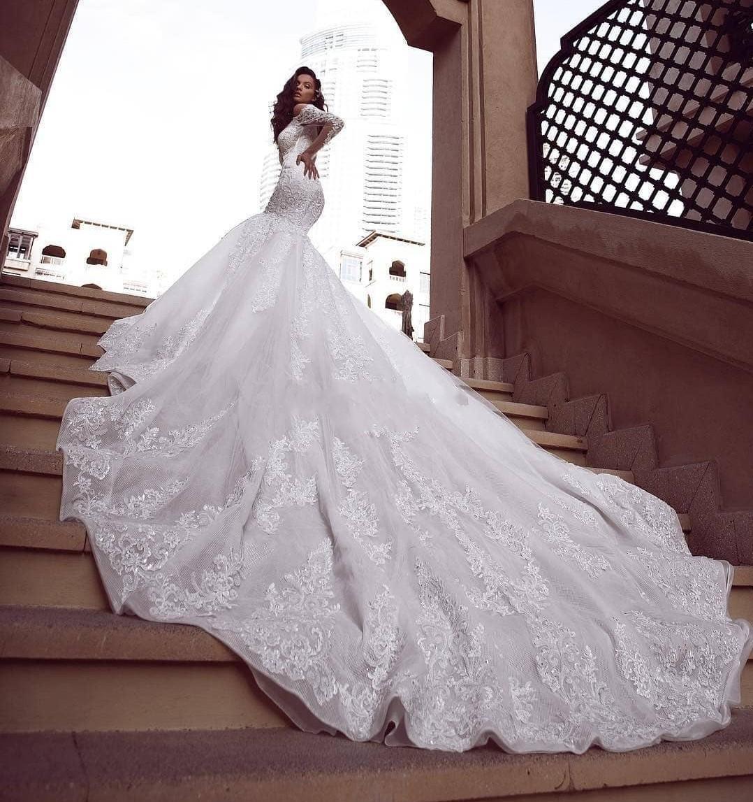 Gorgeous Luxury Plus Size Mermaid Lace Wedding Dresses Plunging Neck Long Sleeves Beaded Wedding Dress Bridal Gowns Vestido De Novia