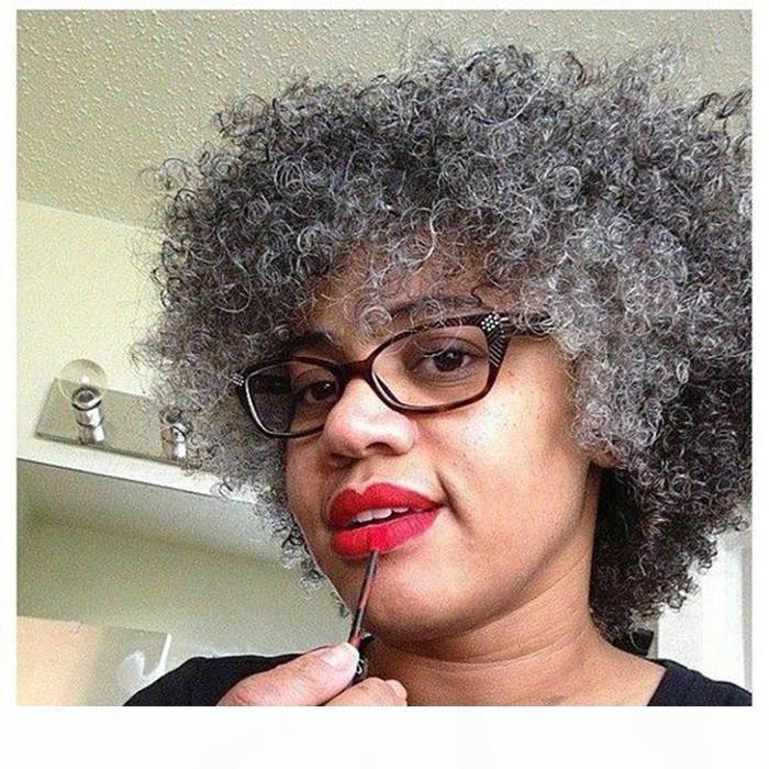 Moda Gri İnsan Saç Peruk Kısa İki Ton Karışık Gümüş Gri Yumuşak Tuz ve Biber Afro Kinky Kıvırcık Dantel Dantel Peruk