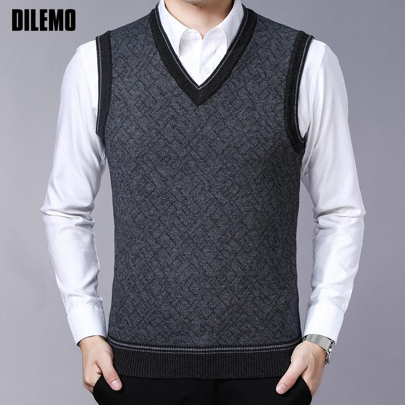 Sweateurs de marque Fashion Pulls Pulls à col V Couleur Slim Cumpers Jumpers Tricotwear Gilet Sans Manches Hiver Style coréen Style Casual Vêtements Hommes 201126