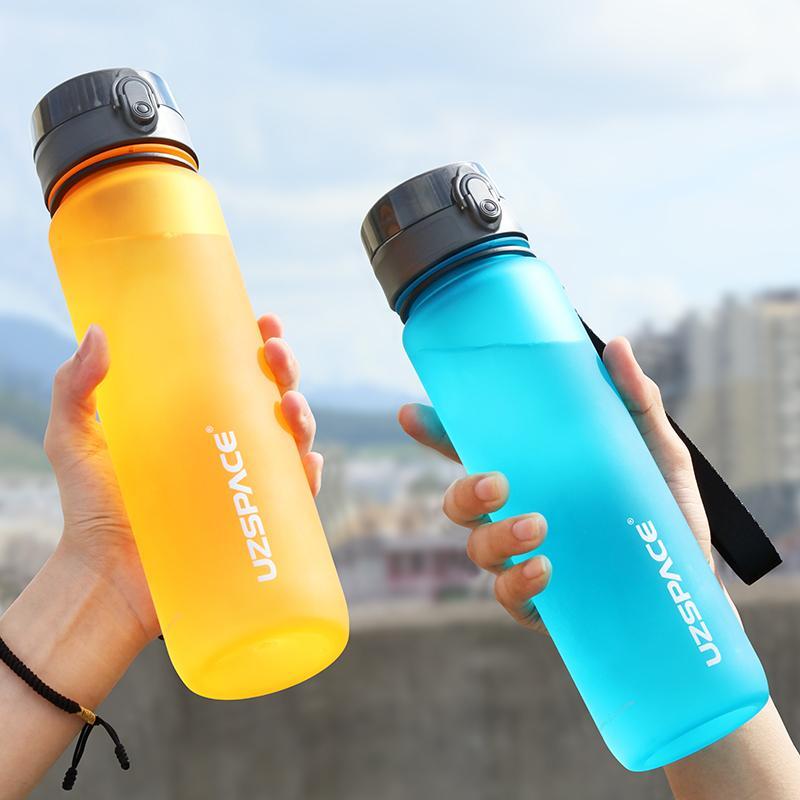 500ml esportes garrafas de água portáteis tritan plástico plástico frasco de bebida direto ao ar livre tour acampamento bebe frete grátis itens 20116
