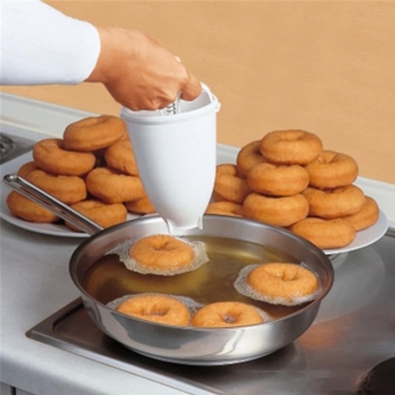 Kunststoff Donut Maker Machine Mold DIY Werkzeug Küche Gebäck Machen Backenware Machen Backen Ware Küchenzubehör