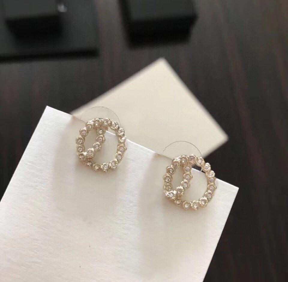 Boucles d'oreilles Diamond Diamond de mode des boucles d'Oreilles pour Lady Femmes Party Mariage Amoureux de mariage Bijoux de fiançailles pour la mariée avec boîte.