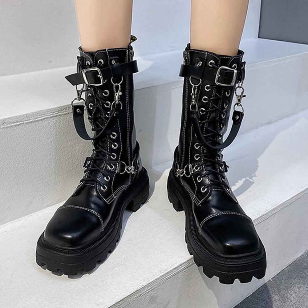 المرأة الشتاء الأسود المعادن الديكور الشرير 2020 سميكة أسفل الكبار دراجة نارية تصميم الكاحل الأحذية النسائية امرأة الأحذية