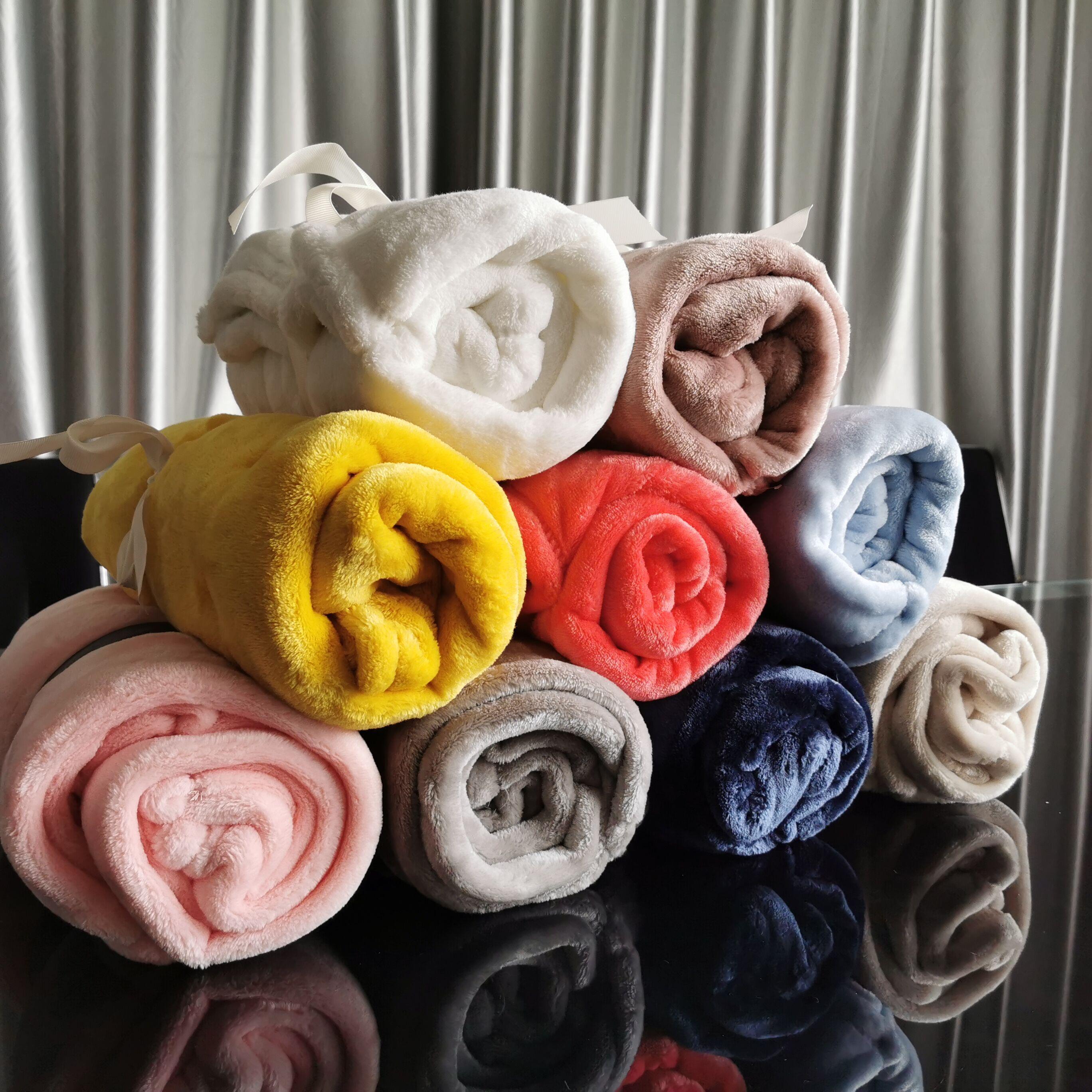 Outono e inverno Cobertor de lã Pure Color Flannel Único Escritório NAP Ar condicionado Cobertores Venda Quente 6 5LF J2