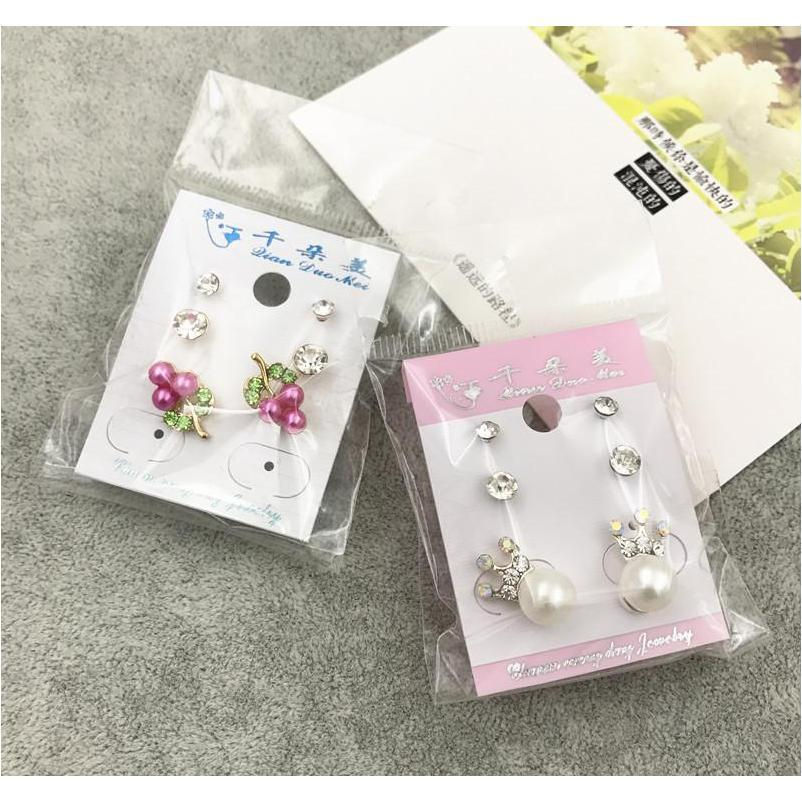 Wholesale Stud Crown Princess Princess Cross Body Pendientes Moda 3 par / lote plata oro Rhinestone Pearl Opal Zircon T Wmtutj Beauty888
