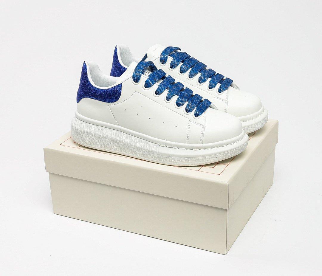 Sonbahar ve kış çift modelleri platform ayakkabı kalın tabanlı artan küçük beyaz ayakkabı yüksek kaliteli bayanlar rahat ayakkabılar boyutu: 36-45
