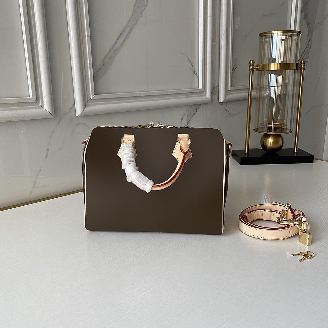 Frauen Designer Top Handtaschen 2021 Crossbody Bags Tasche Kleine Qualität Luxurys Geldbörsen Sattel Cross Body Frauen Designer Capqe
