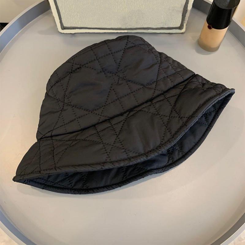 Bucket Hat Cap Fashion Stingy Brim Sombreros transpirables Casual Pitted Sombreros Modelos Altamente Calidad Caliente Venta 9G5J
