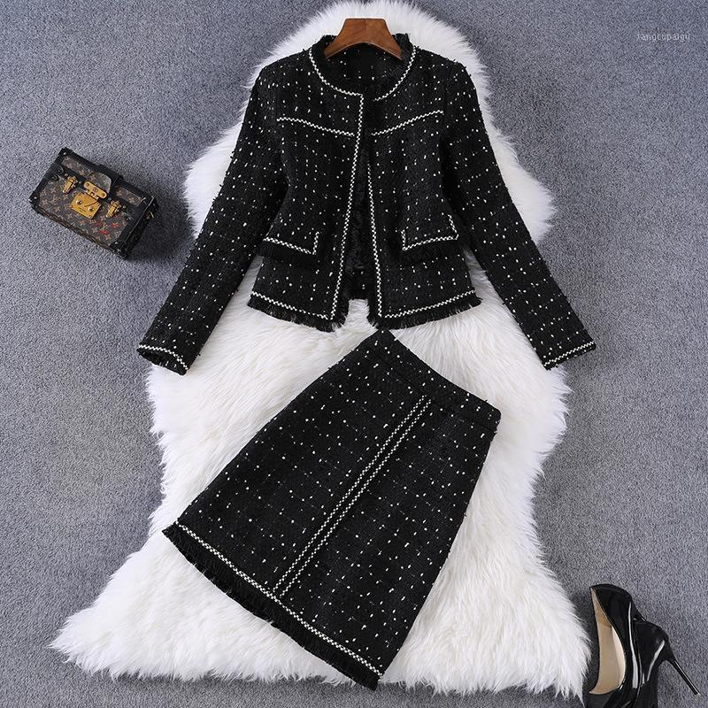 New 2020 autumn winter women elegant black dots two piece outfits round neck tassel tweed jacket and skirt suits office lady1