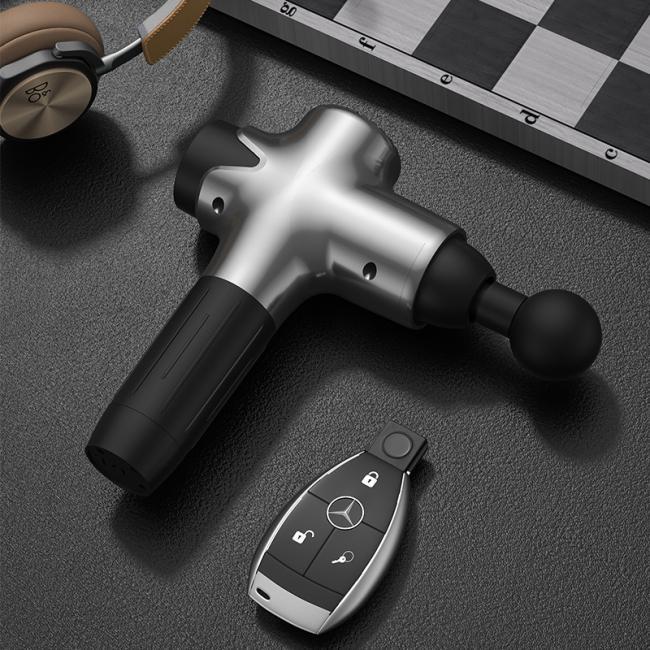 Dernier massage musculaire portable Massager 8 Vitesse Touch Affichage Contrôle de l'écran 16.8V 8pcs High Percussion Therapy Therapy 4800mAh Batterie