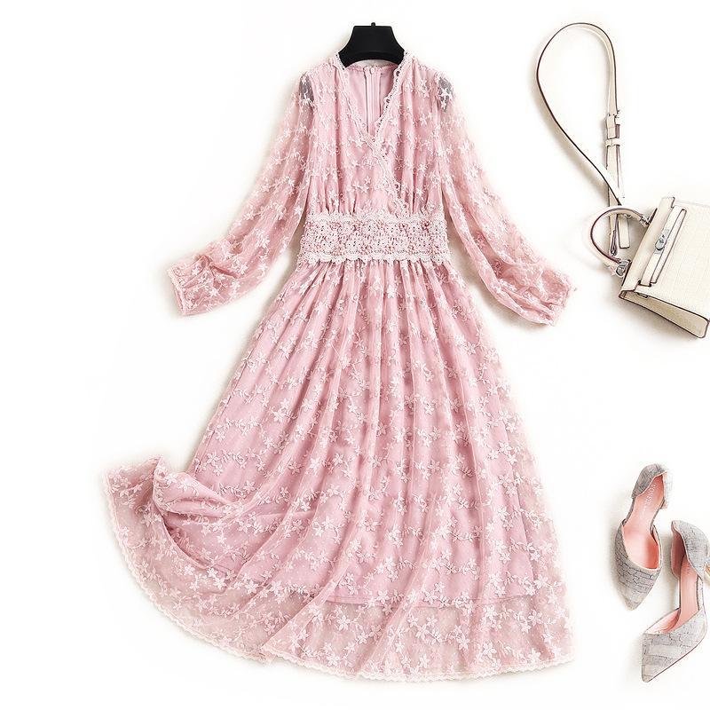 2021 Primavera de manga larga con cuello en V negro / rosa color puro tul bordado con paneles de color medio-becerro vestido elegantes vestidos casuales OD1516453