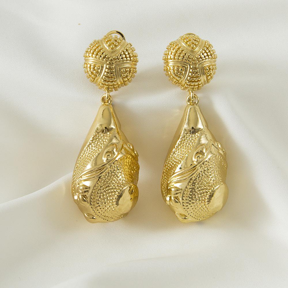 Drop Drop Goutte Gold Gold Boucle irrégulière Accessoires de bijoux africaine pour cadeau de fête de mariage Z1128