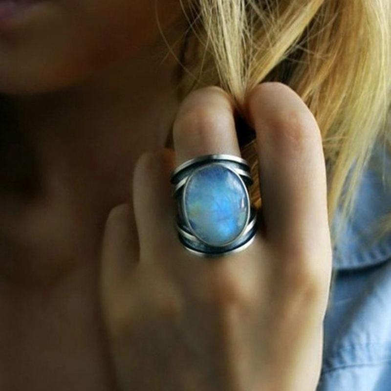Mujeres Big Moonstone Ring Silver Silver Gold Color Body Jewelry Promise Anillos de compromiso para mujeres