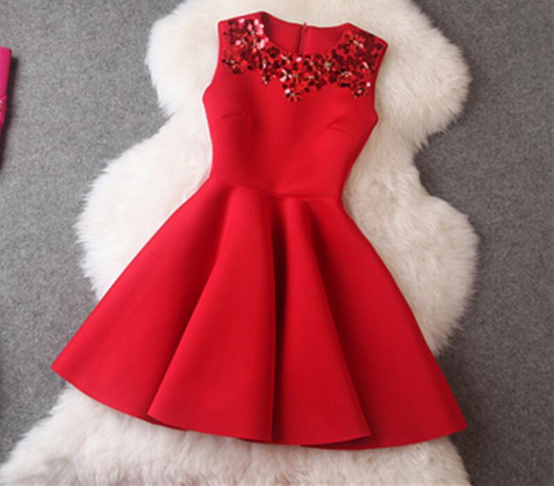Nouvelle couche d'air Col ronde pour femmes Robe rouge Slim Robe rouge en automne et hiver 2019