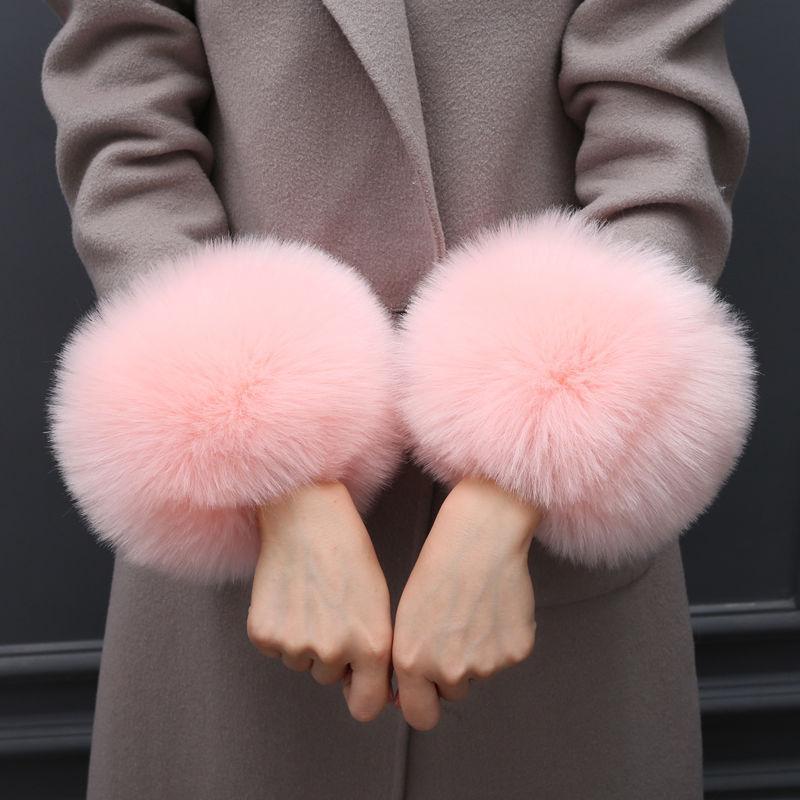 Ein Paar-Pelz-Plüsch-windundurchlässiges Cuffs Armband Winter-Arm-Wärmer Frauen Thick Handgelenk Arme Handschuhe weibliche elastische Ärmelschoner