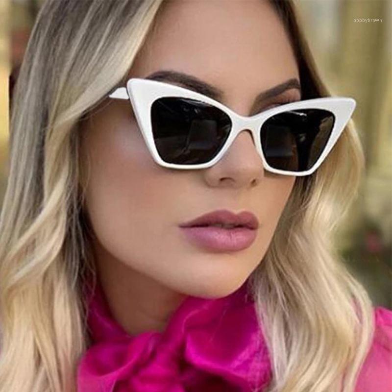 Kadınlar için Seksi Kedi Gözler Shades Moda Küçük Beyaz Güneş Gözlüğü Kadınlar 2021 Tasarımcı Vintage Feminino UV1