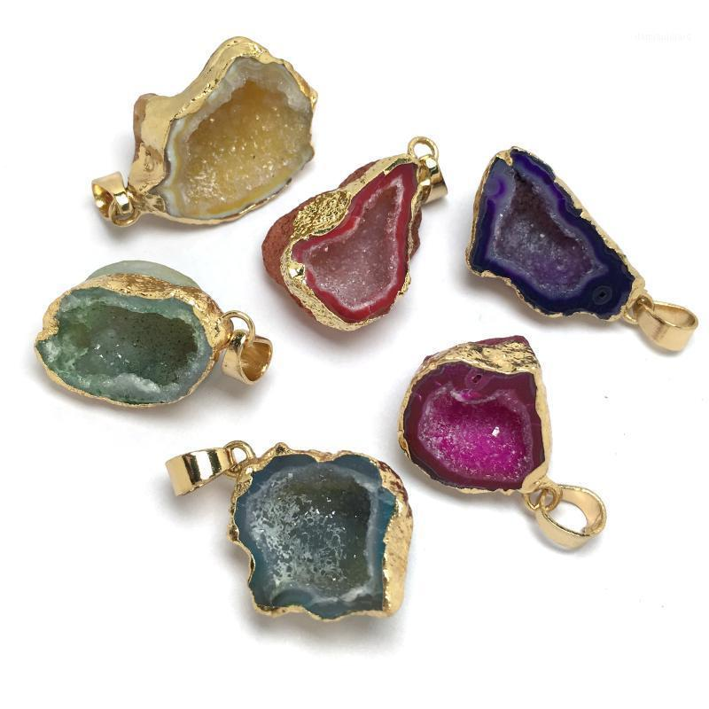 Crystal Natural Agate Pendentif Brelfrages de quartz Pendentifs de quartz pour bijoux Accessoires DIY Accessoires Collier 18x28-15x20mm1