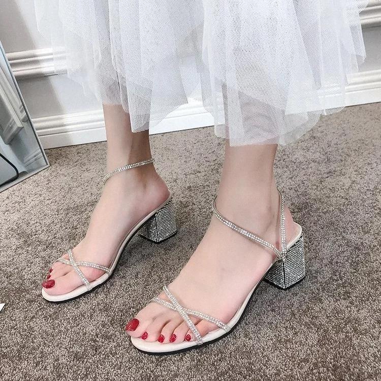 Новые Летние Сандалии Женская Обувь Женщина Квадрат Высокие каблуки Повседневная Обувь Твердый Кристалл Сияние Bling Сексуальные Дамы Запатос Мухеер # 9B6Z