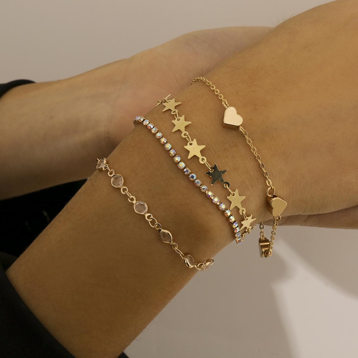 4pcs / set amore cuore stella catena di metallo braccialetto per le donne femmina vintage oro colore collegamento braccialetti gioielli moda gioielli
