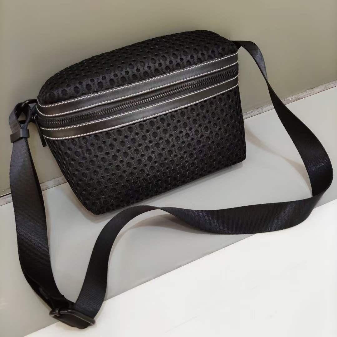 LY320 Wholesale mochila moda homens mulheres mochila viajar sacos elegantes bookbag bolsas de ombro bolsa de back pack garota girl meninos escola hbp 40101