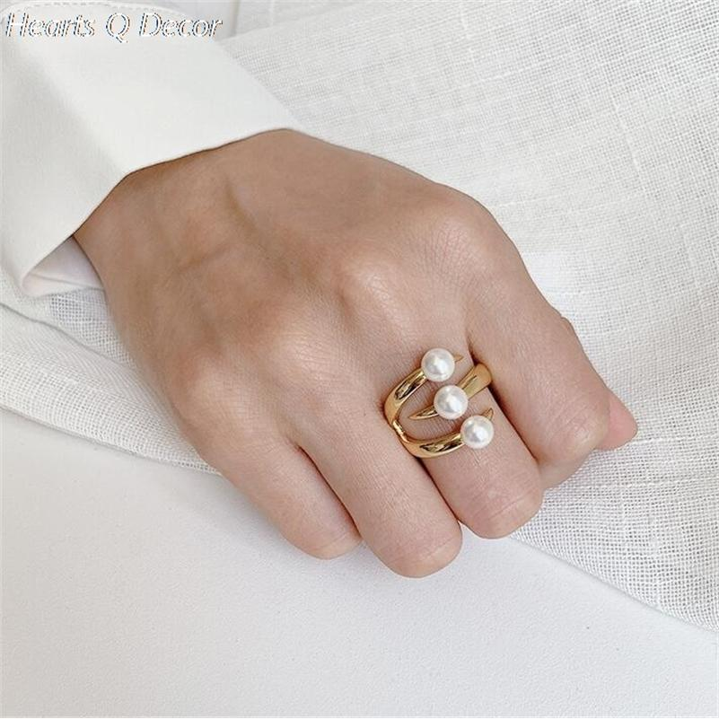 Amazing Titanium Triple Pearl Claw Statement Rings Women Stainless Steel Jewlery Punk Party Designer Club Cocktail Party Ins 201218
