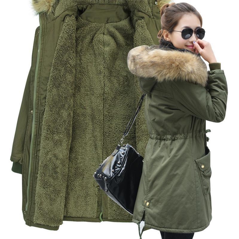 2020 Veste d'hiver Femmes Veste à peluche Femme Vêtements d'extérieur Hiver Capuche à capuchon en coton Collier de fourrure rembourrée PARKAS Plus Taille M-4XL 0809
