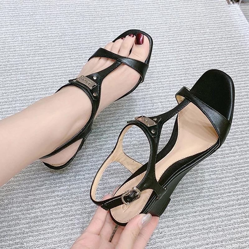 Shuzumia 2020 Новая мода увидит сандалии, удобные клинья высокого пятки 5см10см пряжки квадратный ремень и женская обувь