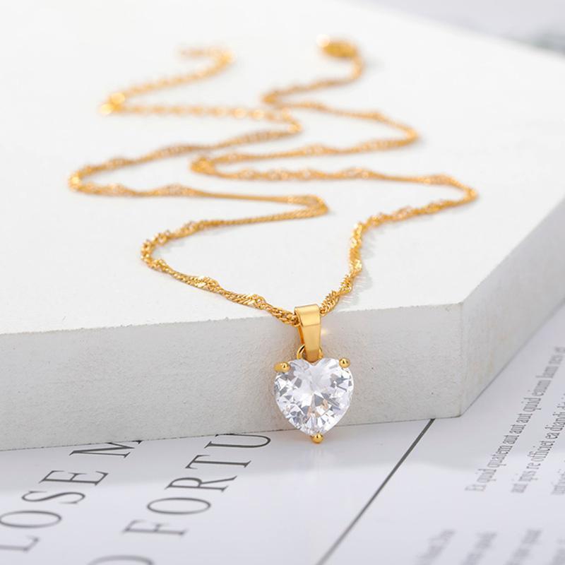 Colar de coração Zircon para mulheres cor de prata de ouro Corrente de aço inoxidável Chocker feminino colar de pingente goth goth jewlery 2020 bff