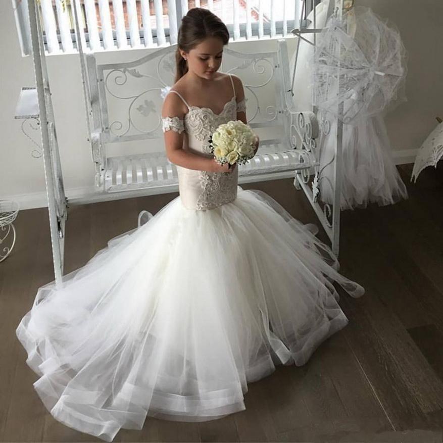 Belle Tulle Tulle Flower Robes De Fille Spaghetti Sangle Dentelle Bouton Back Kids Pageant Robes Robe Princess Vestido de Festa