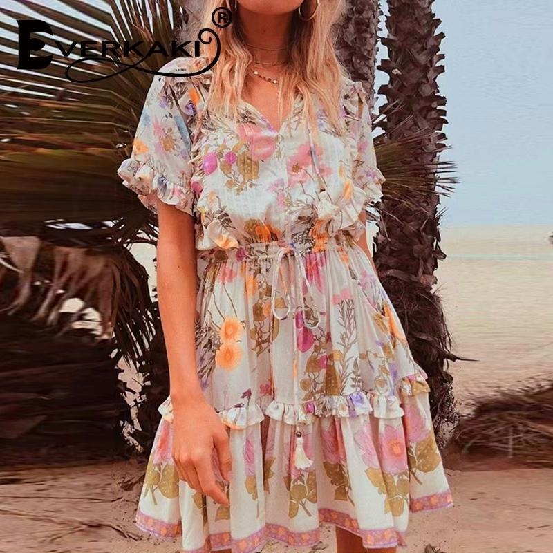 EVERKAKI Vintage Kadınlar Çiçek Baskı Püskül Ruffles Plaj Bohemian Mini Elbise Bayanlar Gevşek V Yaka Rayon Boho Elbise Yeni T200604
